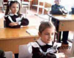 Діти в школах України помирають через великі навантаження
